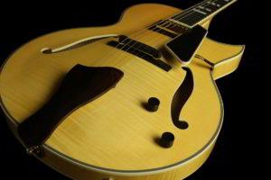 Entrada Archtop Jazz Guitar - Top Angle