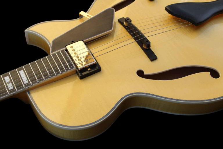 Entrada Jazz Guitar