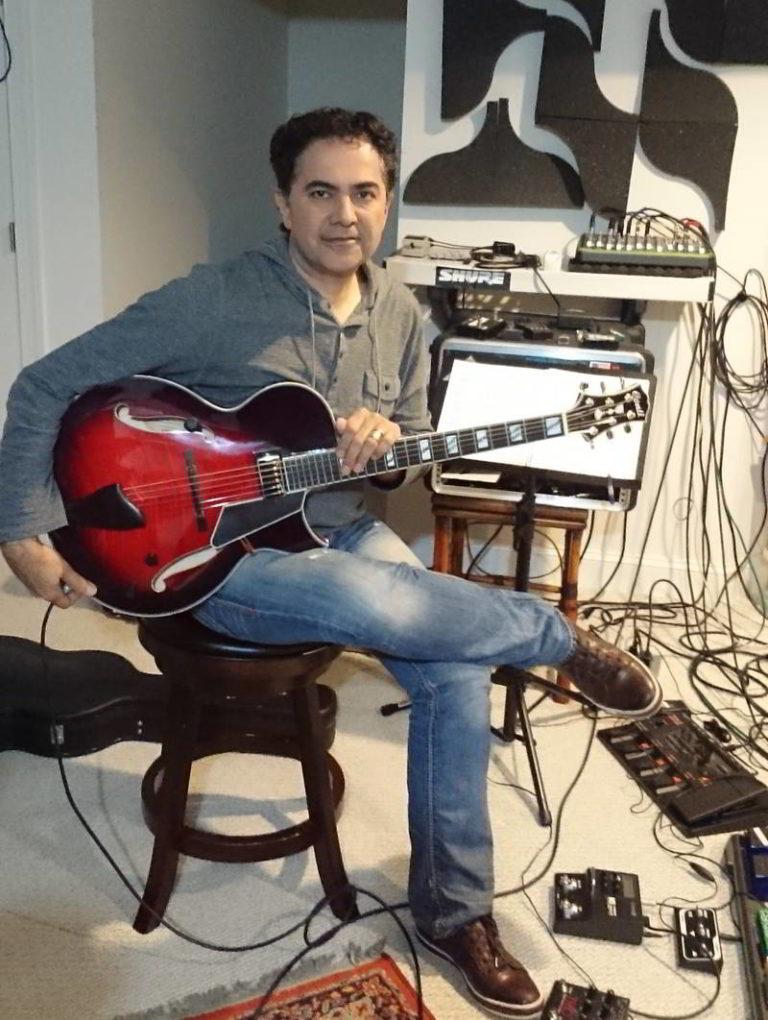 Shahin Baratpour - Ruby Red Entrada